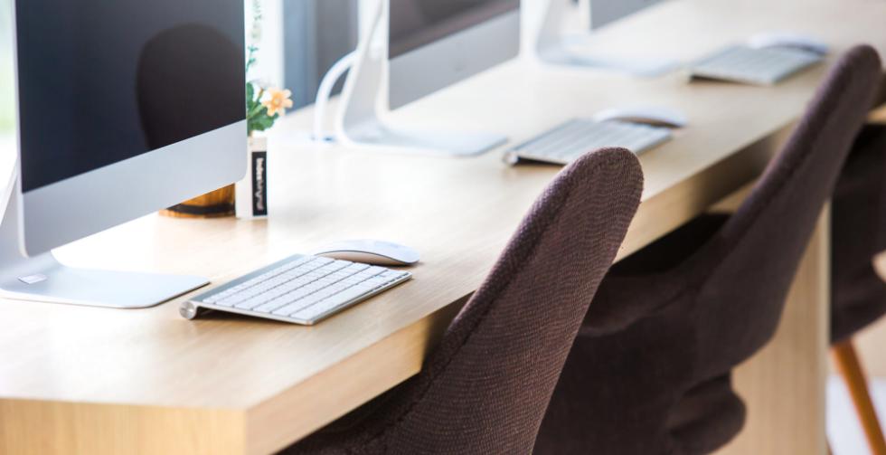 办公室装修完工后,办公桌椅该怎么选?